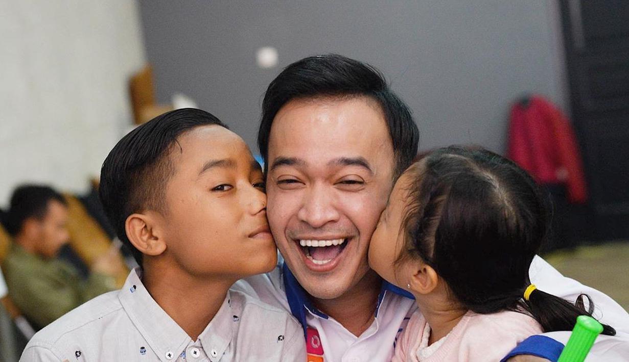 Potret Bahagia Ruben Onsu dengan Keluarga Baru | KURIO