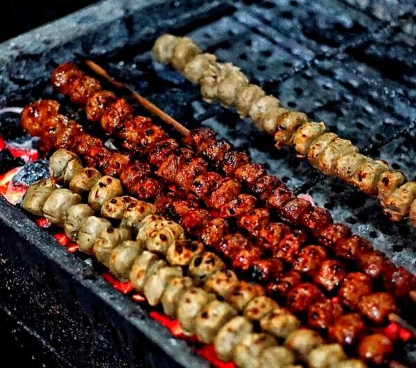 5 Kuliner Bakso Bakar Favorit Di Kota Malang Dijamin Bikin Ketagihan Kurio
