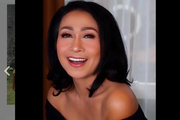 Biodata Dini Savitri Pemeran Mama Mayang Ibunda Rendy Dalam Sinetron Ikatan Cinta Kurio